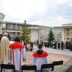 Messa al cimitero (15)