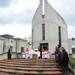 Messa al cimitero (18)