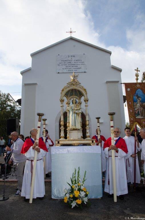 La Madonna giunge alla Chiesetta di San Francesco